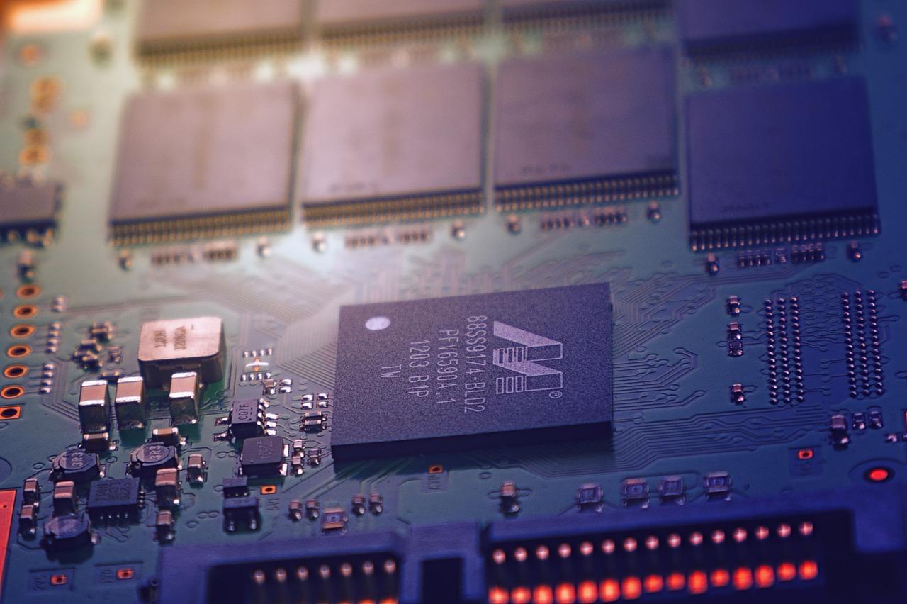CPU・メモリー・HDD・SSDとは?〜PC購入時に抑えておきたいスペックの意味 - コームズチャンネル