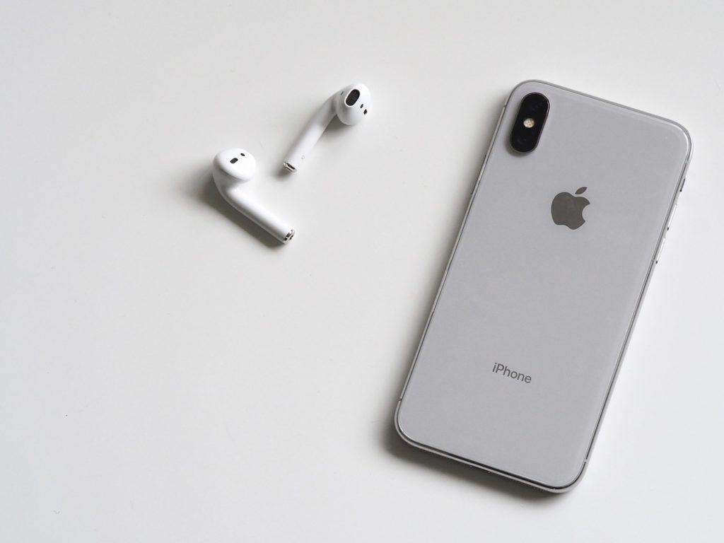 AirPods はApple製品とのペアリングが簡単