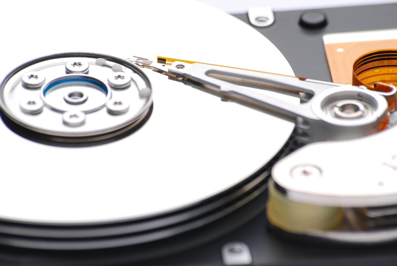 バックアップ先を外付けHDDに設定する方法