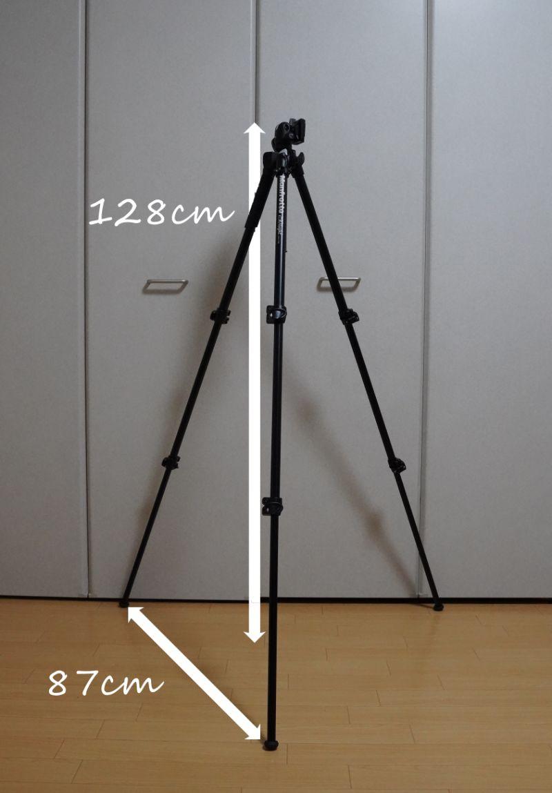 カメラ三脚【Manfrotto(マンフロット) 290 LIGHT】-ロックを2つ解除・三脚足を全部伸ばした状態