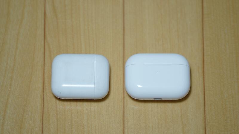 AirPodsとAirPods Proのサイズ感比較②