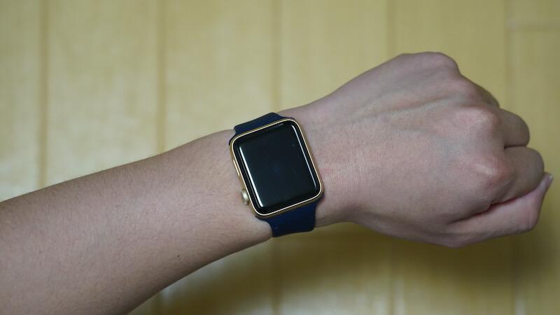 ESTIKI製 Apple Watch用ソロループの付け外しの説明画像2